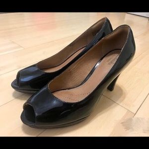 Clarks leather high heels. Size 6.5. Like new!